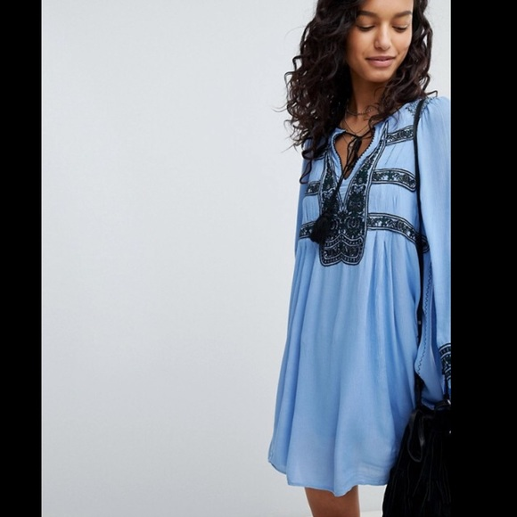 Free People Dresses & Skirts - Free People Wind Willow Embroidered Mini Dress - M